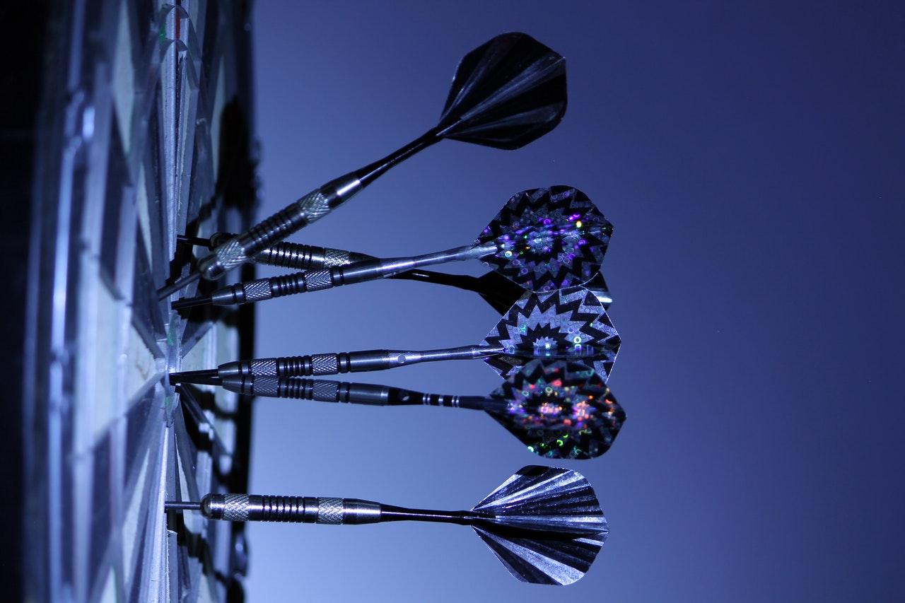 C:\Users\as\Desktop\darts-dart-board-bull-s-eye-game-70459.jpeg